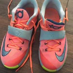 Nike KD youth 4 rare sneakers